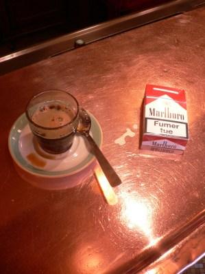 Café, place des abesses